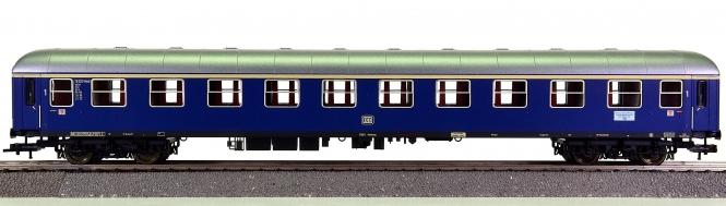 Fleischmann 5601 K – 1. Klasse Schnellzugwagen A4üm-61 der DB