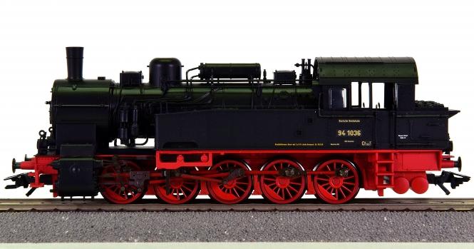 Trix 22292 – Güterzug-Tenderdampflok BR 94.5 der DRG, digital + Sound