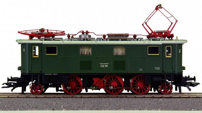 Roco 63850 – Elektrolok BR E32 der DB