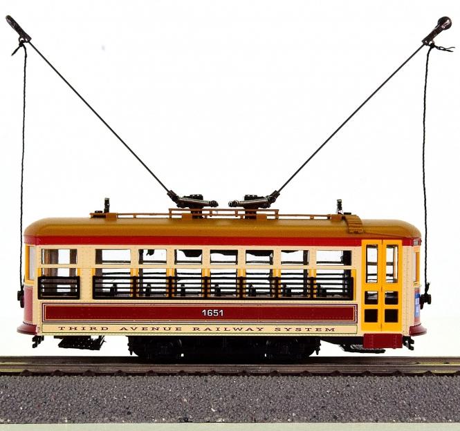 Spectrum 80205 – Birney Safety Streetcar der 3rd Avenue, digital (DCC)