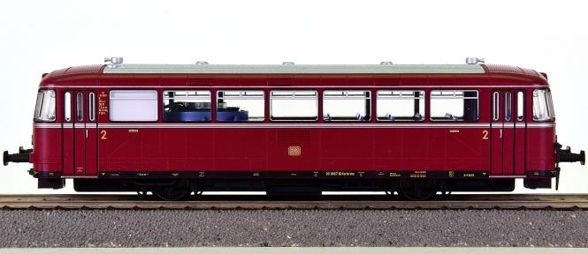 Trix 22984 – Diesel-Triebwagen VT 98 der DB, digital + Sound + Innenbel.