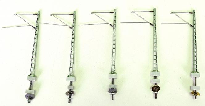 Sommerfeldt 185 – 5er-Set Gitter-Streckenmasten mit Ausleger, neue Ausführung