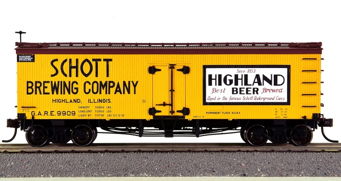 Atlas 20002712 – 36' Wood Reefer Schott Brewing Company