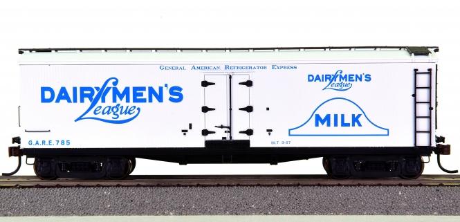 Roundhouse 84560 – 40' Wood Milk Car Dairymen's League
