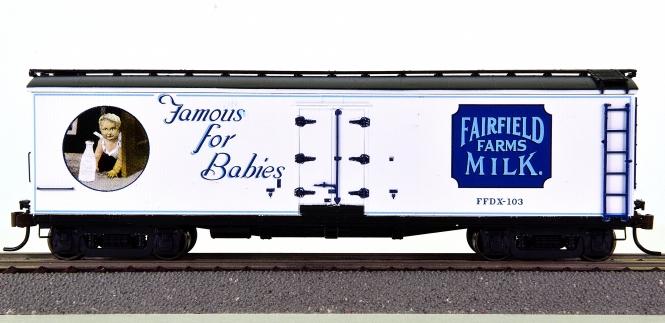 Roundhouse 84621 – 40' Wood Milk Car Fairfield Farms