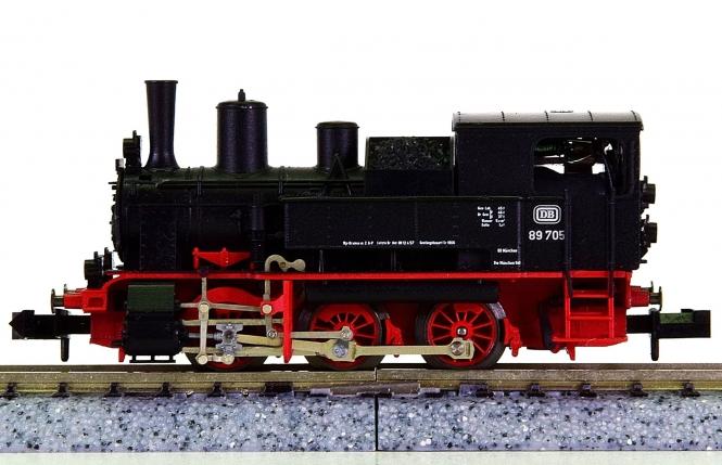 Minitrix 12833 – Tender-Dampflok BR 89.7 der DB