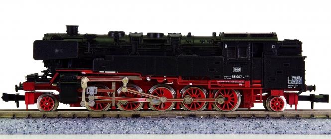 Minitrix 51 2053 00 – Tender-Dampflokomotive BR 85 der DB