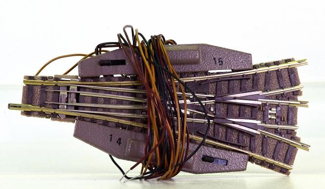 Fleischmann 9157/6441 (N) – elektrische Dreiwegweiche 15°