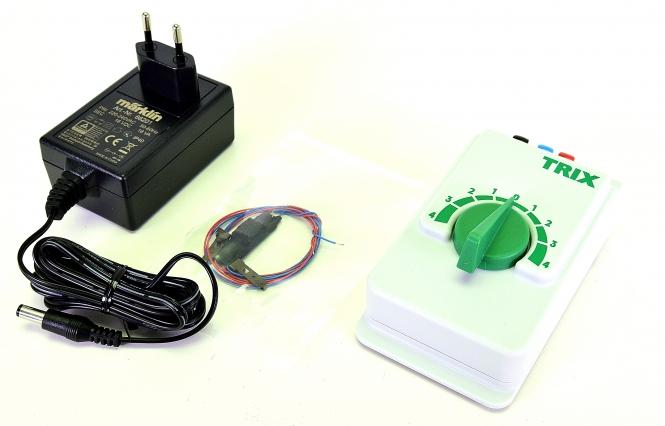 Trix 66508 - Analoges Fahrregler-Set, Schaltnetzteil und Fahrpult