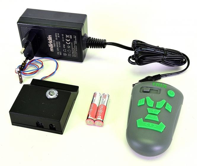Minitrix 319378 - Infrarot-Digitalsteuerung mit Steckernetzteil