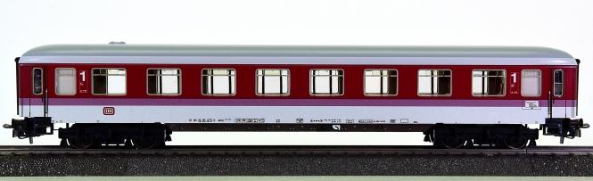 Märklin 4055 – 1. Klasse InterCity-Schnellzugwagen Avmz 111 der DB