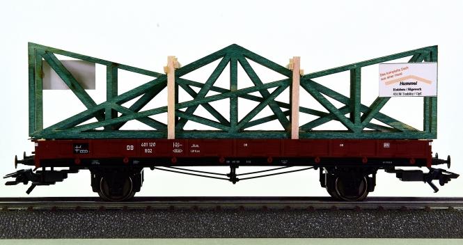 Märklin 46362 – Rungenwagen R 02 der DB mit Dachelementen