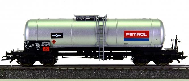 Roco 46783 - Kesselwagen der Petrol Group, eingestellt bei der SZ