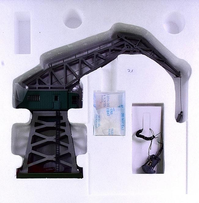 Märklin 76515 – Portal-Drehkran mit Greifer, digital (MM)