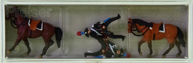 Preiser 10398 – 2x Carabinieri (Italien) zu Pferd