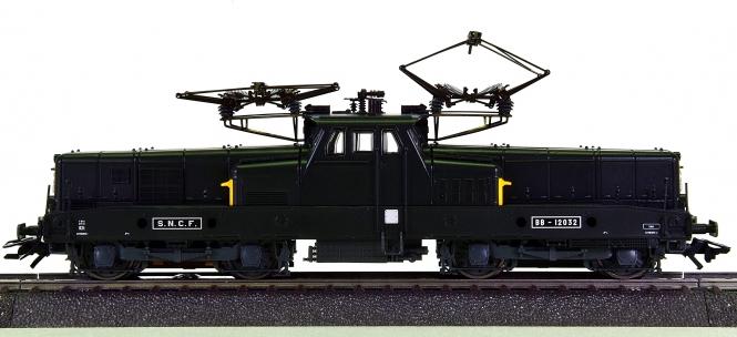 Märklin 37337 - Mehrzweck-Elektrolok BB 12000 der SNCF, digital (mfx)