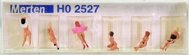 Merten 2527 (1:87) – Am FKK-Strand, 6 Figuren