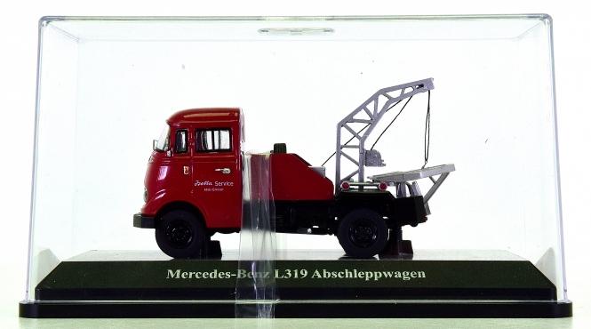 Schuco (1:43) – Mercedes-Benz L 319 Abschleppwagen -Isetta Service-
