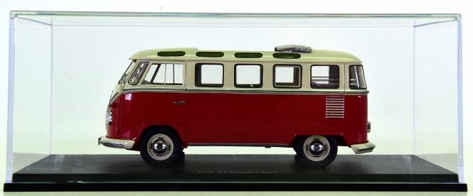 Schuco 08990 (1:43) – VW T1 Samba-Bus