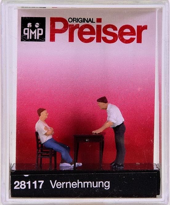Preiser 28117 (H0) - Vernehmung / Under interrogation