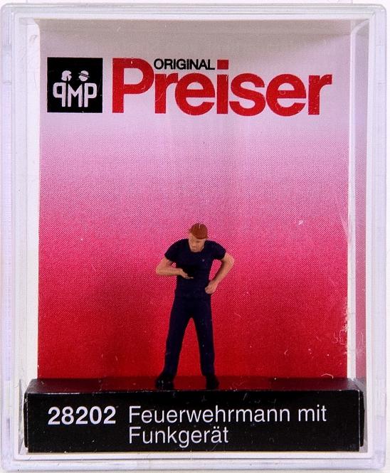 Preiser 28202 (H0) - Feuerwehrmann mit Funkgerät / Fireman with radio set