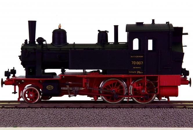 Train World 10674 – Tenderdampflok BR 70 der DRG, Messing