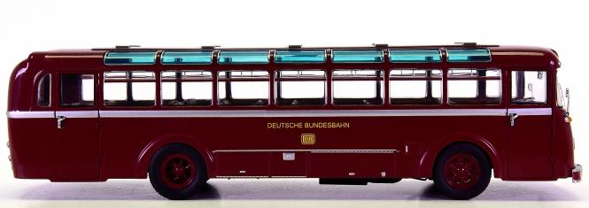 Schuco (1:43) – Büssing Trambus 6500 T -Deutsche Bundesbahn-