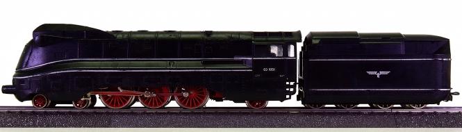 Märklin 3094 – Schlepptender-Dampflok BR 03.10 der DRG, mit Rauch