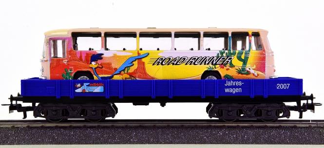 Märklin 48707 – Niederbordwagen Rlmms – ROAD RUNNER-,  Jahreswagen 2007