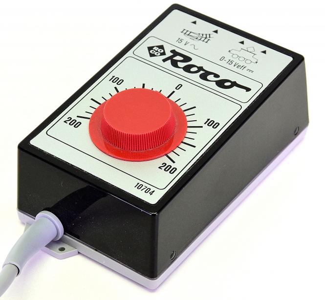 Roco 10704 – Regel-Transformator primär 230 V, 12 VA