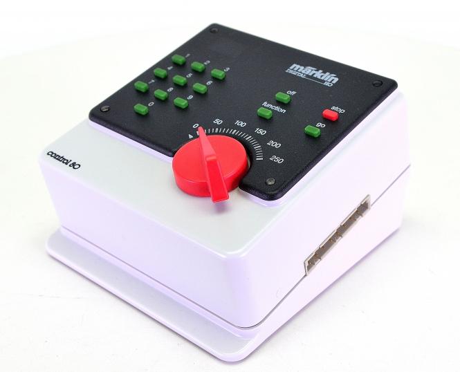 Märklin 6035 – Control 80, Fahrgerät für Digital-H0-Anlagen, MM-Format