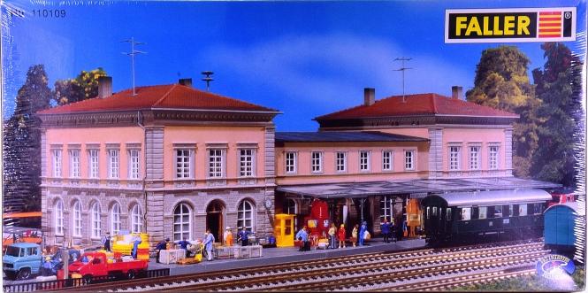 Faller 110109 – Bausatz Bahnhof Bad Duerkheim