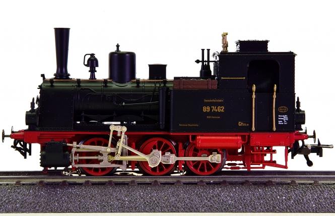 Fleischmann 1010 (AC) - Tender-Dampflokomotive BR 89 der DRG
