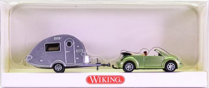 Wiking 0634036 (1:87) – New Beetle mit Wohnwagen