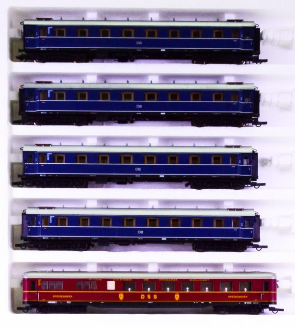 Liliput 844 – 5-teiliges F-Zugwagen-Set der DB