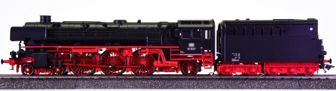 Märklin 39103 – Schlepptender-Dampflok BR 01.10 der DB, digital & Sound & Rauch