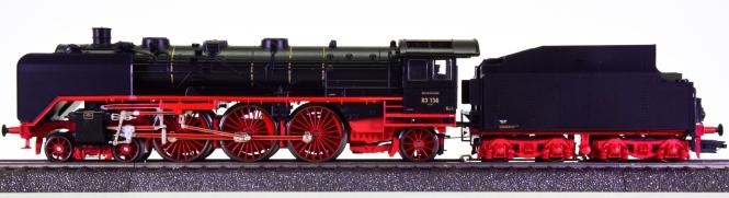 Märklin 37951 – Schnellzug-Schlepptender-Dampflok BR 03 der DRG, digital (MM) & Rauch