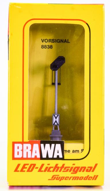 Brawa 8838 – Vorsignal, LED-Lichtsignal