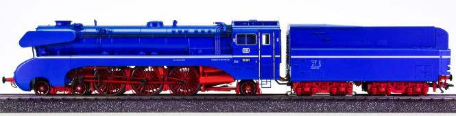 Märklin 37081 – Schlepptender-Dampflok BR 10 der DB, digital (MM) & Sound