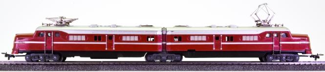 Märklin DL 800 – Doppel-Elektrolok in rotbraun, ähnlich EMD Typ F 9