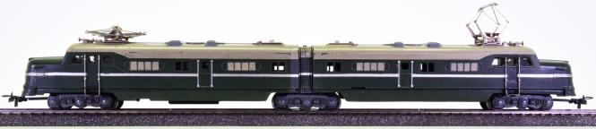 Märklin DL 800 – Doppel-Elektrolok in dunkelgrün, ähnlich EMD Typ F 9