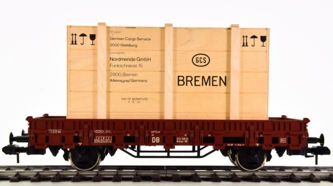 Märklin 5437 (Spur 1) – Flachwagen mit Nordmende-Radio Clou C200