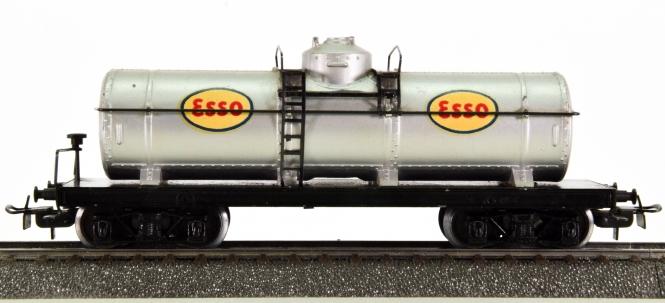 Märklin 334 E - Mineralöl-Kesselwagen ESSO der DRG