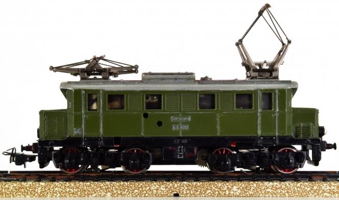 Märklin SE 800 - Elektrolok BR E 44 der DB, Variante 2