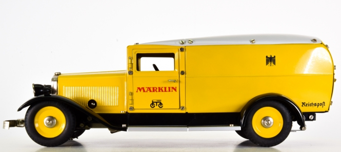 Märklin 1990 (1:16) – Post-Paketauto 500 Jahre Post, Metall-Modell