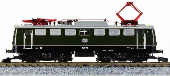 Hobbytrain H2818 (N) – Mehrsystem-Elektrolokomotive E40 der DB