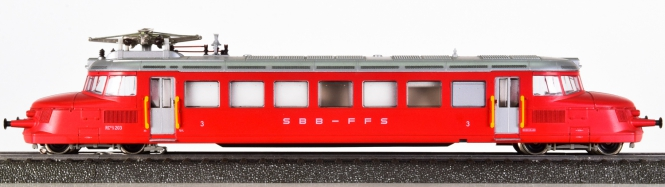 Märklin 3126 – Triebwagen RCe 2/4 roter Pfeil der SBB, mit Innenbeleuchtung